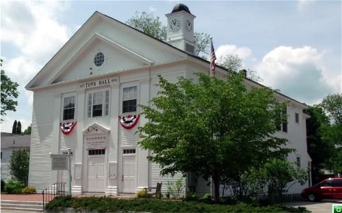 The Sandwich Town Hall in Center Sandwich - Click for a larger image!